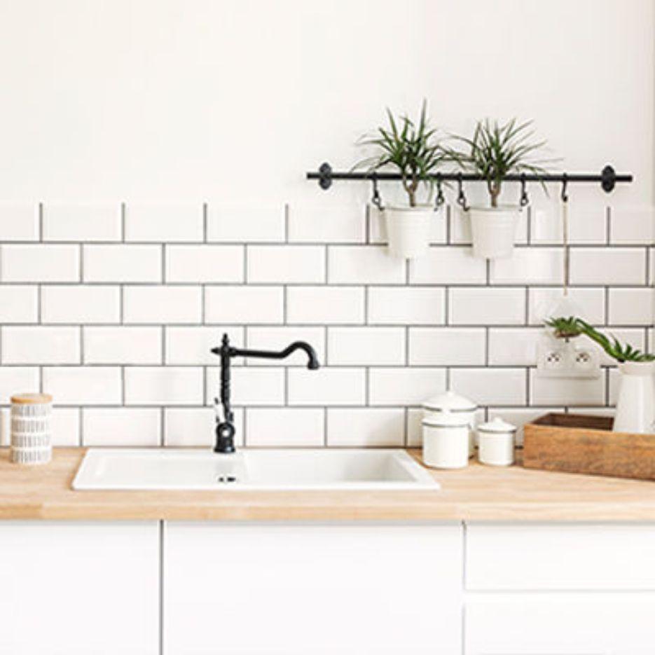 20 Creative Kitchen Backsplash & Kitchen Tile Ideas